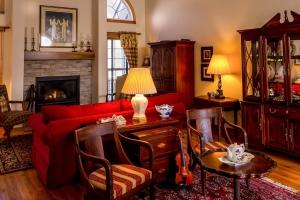 Antiek en antieke meubels te waardevol voor marktplaats